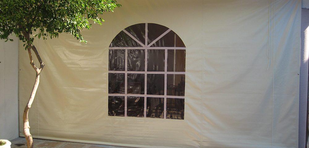 cortina_con_ventana_beige